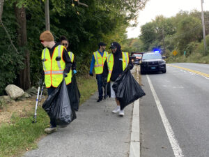 The 2nd Annual Lazy River Products Broadway Road Cleanup